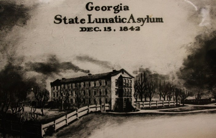 central-state-hospital-milledgeville-georgia-1st-building